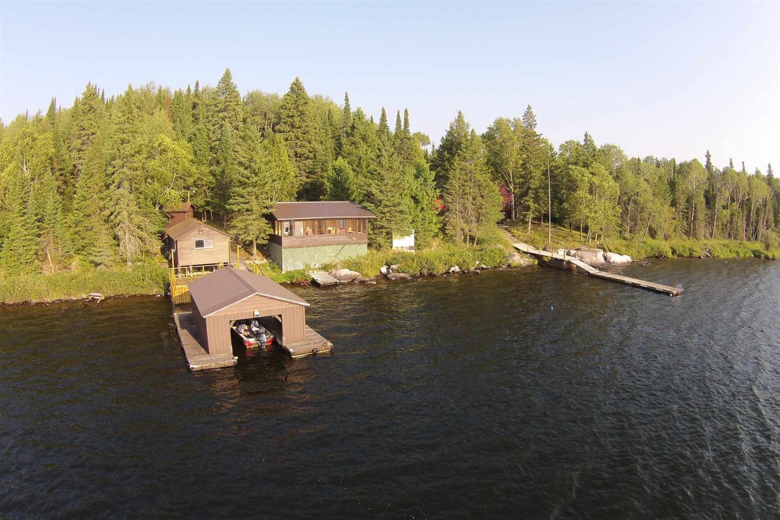 S986 Winnipeg River, Minaki, Ontario  P0X 1J0 - Photo 2 - TB201721