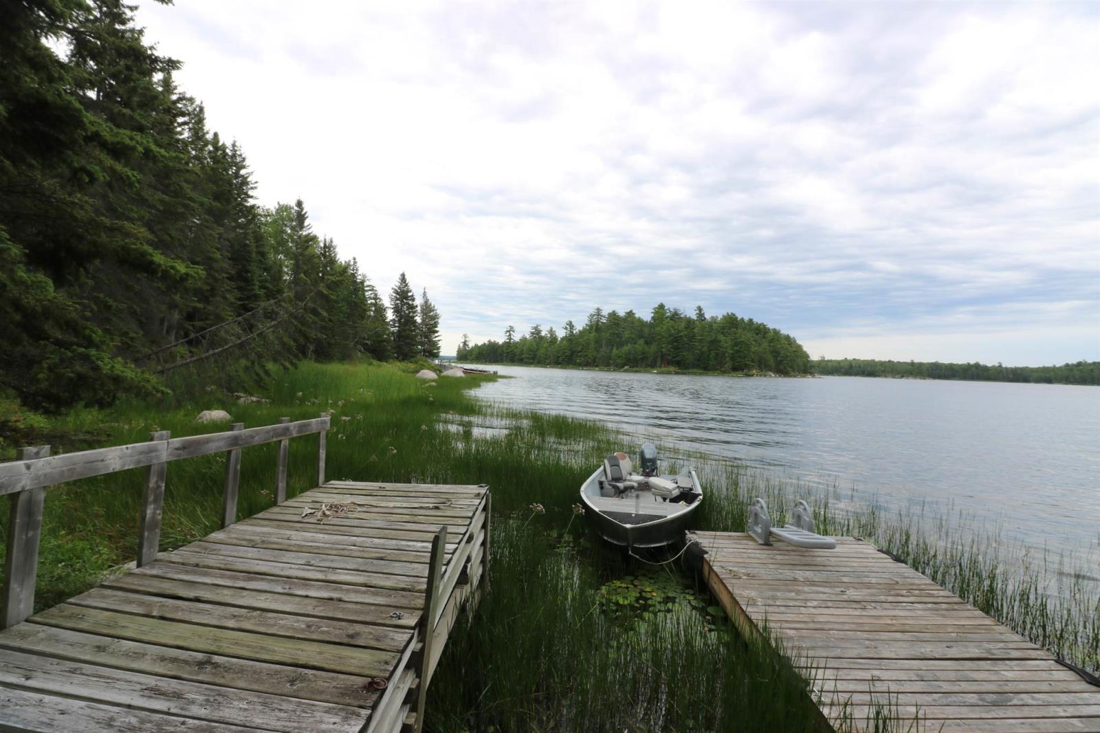 Lot 10 Harbour Is, Minaki, Ontario  P0X 1K0 - Photo 39 - TB202086