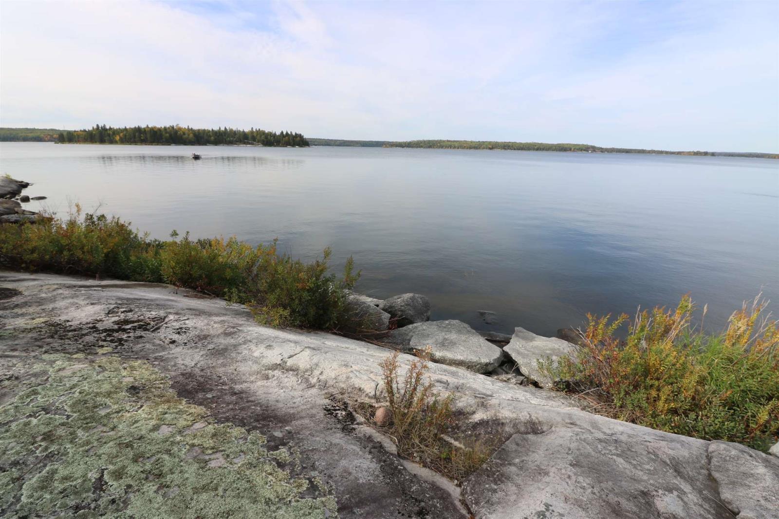Location S818 Gun Lake, Minaki, Ontario  P0X 1J0 - Photo 23 - TB202424