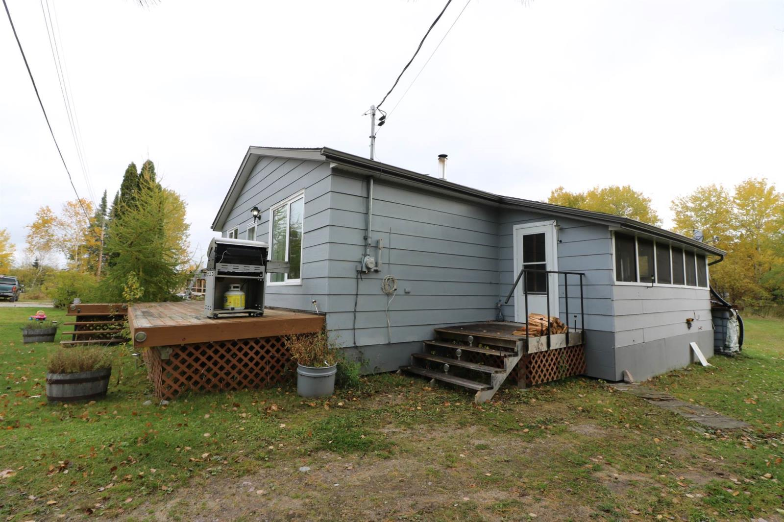 69 Hill St, Minaki, Ontario  P0X 1J0 - Photo 3 - TB202622